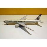 Etihad Airways B777-200LR A6-LRC