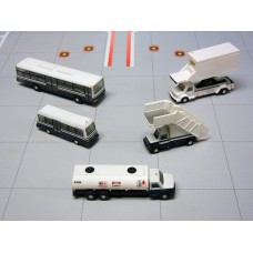 Airport Service Vehicles 1:200