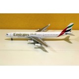 Emirates Airlines A340-300 A6-ERM
