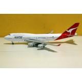 Qantas Airways B747-400 VH-OJA