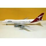Qantas Airways B747-200 VH-EBQ