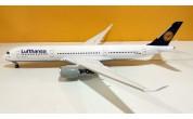 Lufthansa A350-900 D-AIXA
