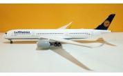 Lufthansa A350-900 D-AIXB