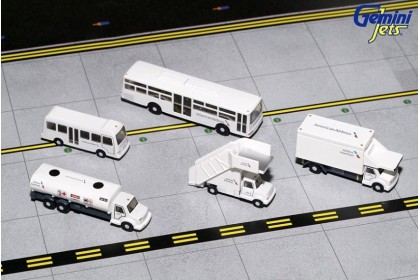 American Airlines Airport Service Vehicles 1:200
