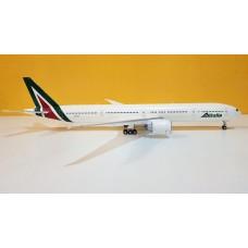 Alitalia B777-300ER EI-WLA
