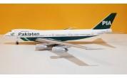 Pakistan International Airlines B747-200 AP-BAK