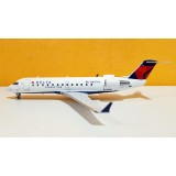 Delta Connection Airlines CRJ-200LR N801AY
