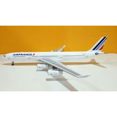 Air France A340-300 F-GLZJ