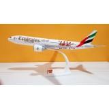 Emirates Airlines Arsenal B777-200LR A6-EWJ